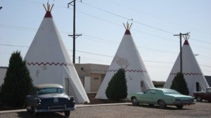 Got a teepee budget but a 4-star hotel appetite? Hotwire can help.